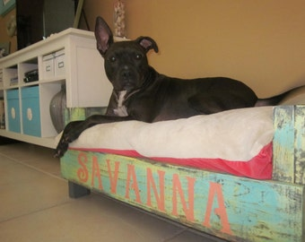 Medium Reclaimed Wood Dog Bed