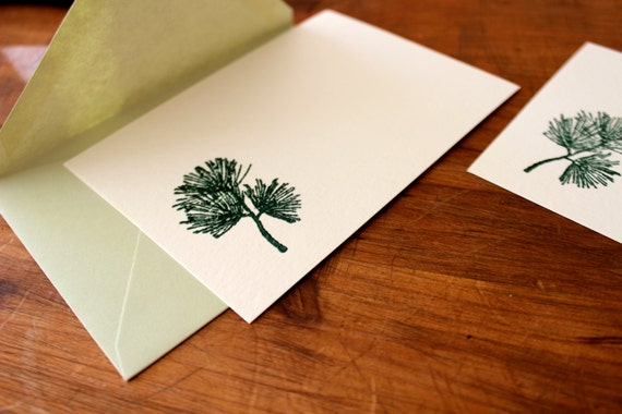 Stamped and embossed pine needle notecard, flat (set of five), evergreen