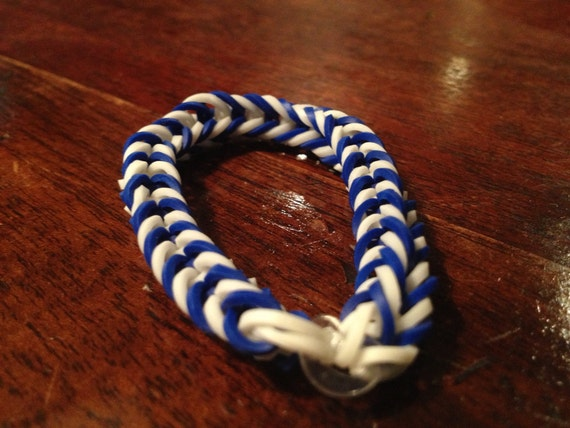 how to make a fishtail rubber band bracelet items similar to rainbow loom rubber band fishtail 9653