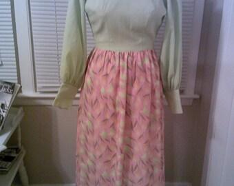 Retro 70's Maxi Dress