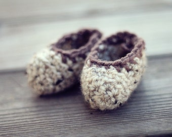 Cozy Oatmeal Baby Booties