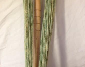 Lilypad: Thick and Thin handspun yarn single ply 70 yards