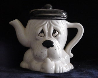 Teapot - Sad Hound Dog