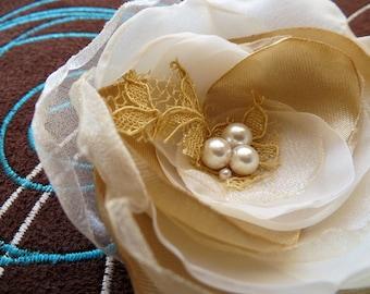 Bridal hair accessory, bridal hair piece, bridal hair clip, wedding hair flower, wedding hair accessories,bridal floral headpiece,fascinator