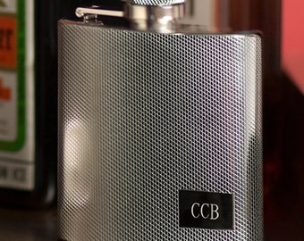 Groomsmen Engraved Stainless Steel Flask - Groomsmen Flask - Personalized Groomsmen Flask - Groomsmen Gifts - GC118