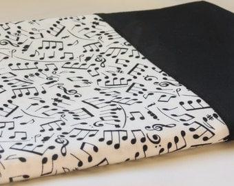 Black and White Music Notes Pillowcase; 100% Cotton