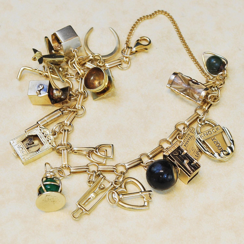 14k Yellow Gold Charm Bracelet: Vintage Bracelet 1930's-1940's 14k Yellow Gold