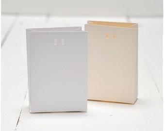 Classic Sak Favor Bag - Set of 25 - White or Ivory, DIY Bag, Wedding Favor Bag