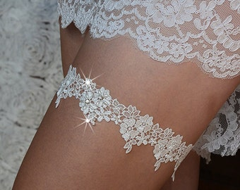 off-white bridal garter set, lace garter, wedding garter,  bride garter set,