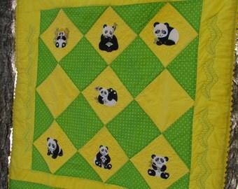 Playful Pandas Quilt