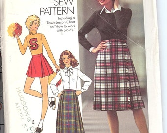 Simplicity 7640  Misses' Pleated Skirt in Three Lengths  ID143