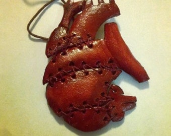 Anatomical heart. Stitched, leather necklace
