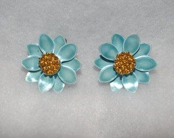 Blue flower clip-ons