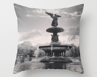 New York Pillow, Central Park, New York City Decor, Velvet Pillow, Gray, Cushion Covers, Pillow Cover 18x18, 22x22, Gifts for Her