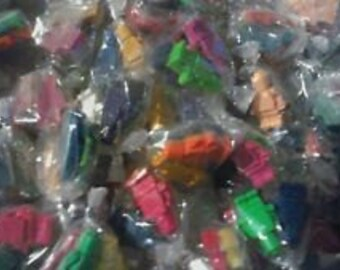 150 Lego Crayon Minfigure 16 mixed color blocks