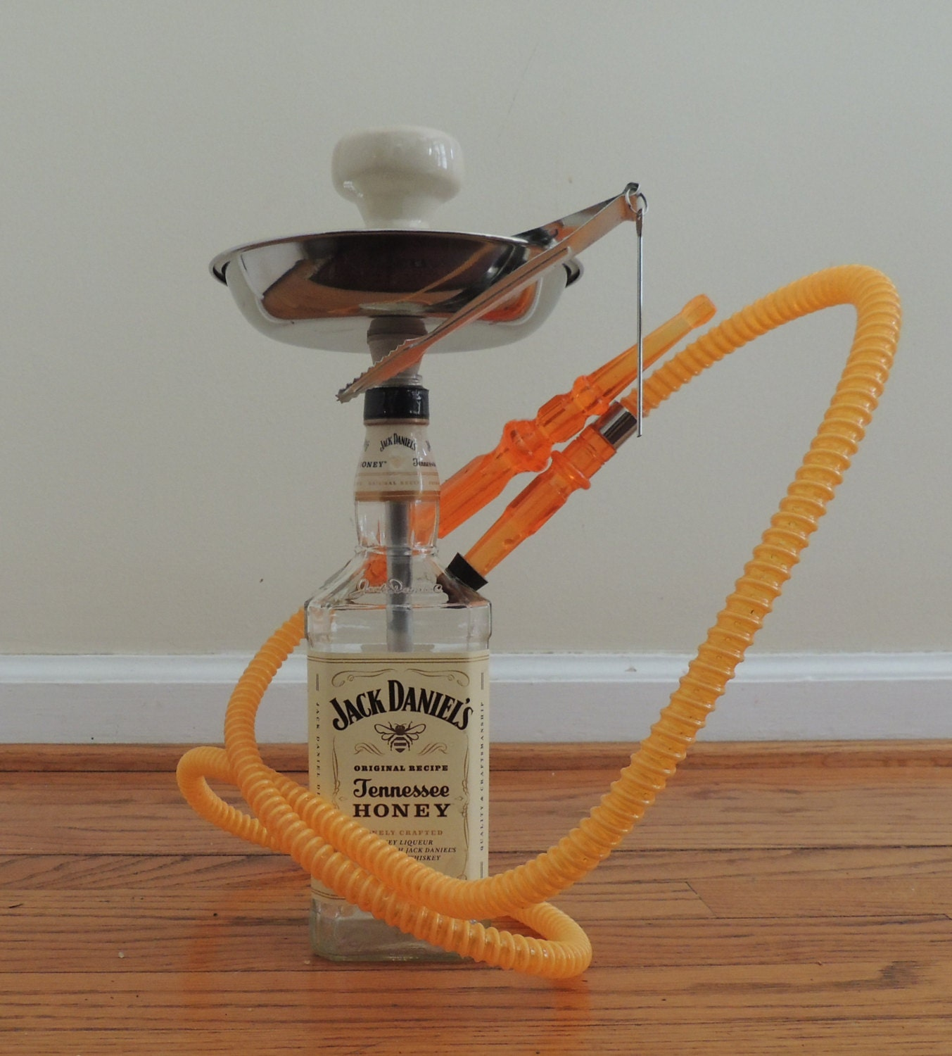jack daniels tennessee honey whiskey hookah with hose tray. Black Bedroom Furniture Sets. Home Design Ideas