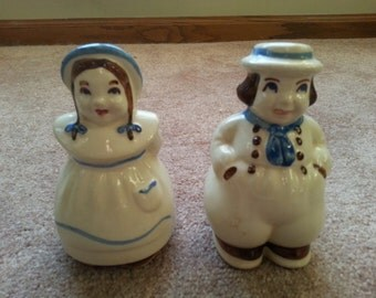LAST CHANCE SALE!! Vintage Shawnee Jack and Jill Salt and Pepper shakers