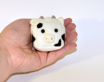 Kawaii Cube Cow Keychain Plush, Keychain Kawaii Stuffed Toy - MADE TO ORDER