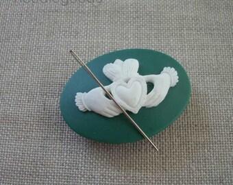 CLADDAGH needle minder magnetized needle holder