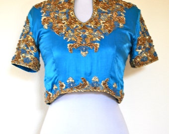 SUMMER SALE / 20% off Vintage 80s 90s Land and Sea Indian Beaded Crop Top