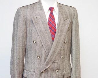 Men's Blazer / Vintage Double Breasted Jacket / Peak Lapels / Size 39 Medium