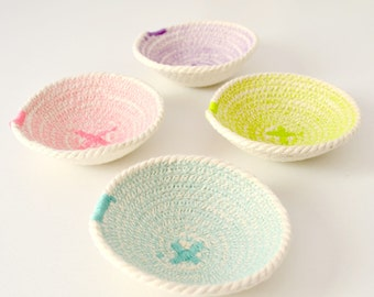 Assorted color cotton cord set of 4 mini bowl