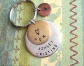 Family Grande Triple Keychain. Round Pendants. Hand Stamped charms. Lat Long OR Names . customize antiqued metal discs. Copper, Silver, Gold