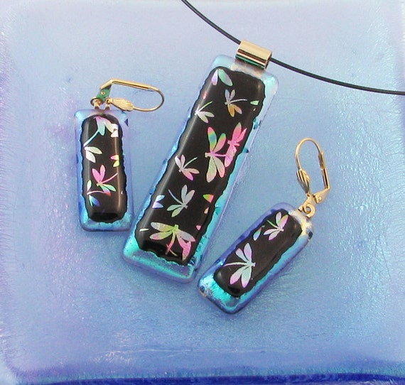 Dancing Dragonflies on Green - dichroic glass pendant and/or earrings with rainbow of colors (1637,3451-2)
