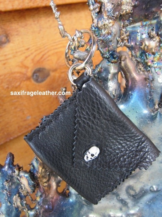 Leather Coin Purse Keyring with Skull Button