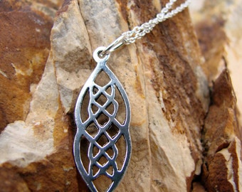 Sterling Silver Marquise Celtic Knot pendant