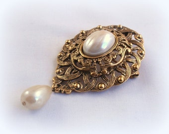 Vintage Ornate Pearl Pendant Brooch Elegant Everyday or Bride Wedding Jewelry