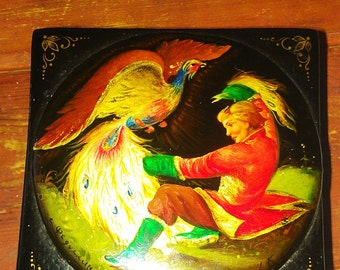 Fedoskino Russian Lacquer Box Papier Mache Ivan and the Firebird signed artist Petrov K.  1991 with a Golden Plumed Firebird and a Gentlemen