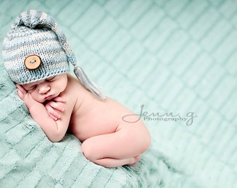 Baby Hat, Newborn Baby Hat, Newborn STocking Hat, Newborn Photo Prop, Button Stocking Baby Hat, Knit Baby Hat