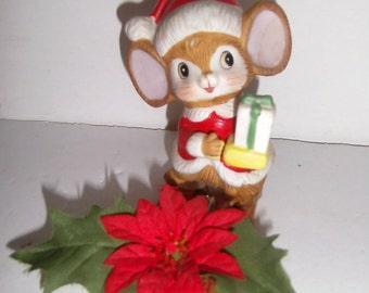 Vintage Santa Mouse on Mouse Trap - Vintage Handmade Christmas Decoration - Vintage Holiday Decor - Mouse Christmas Decor