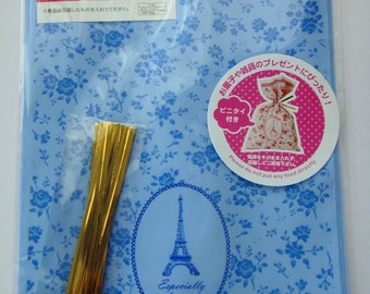 """Cute """"Especially For You"""" Blue Japanese Plastic Gift / Party Bags With Roses And Eiffel Tower"""