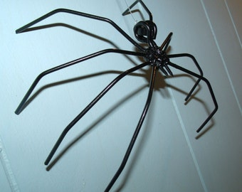 Black Widow Spider Metal Sculpture Halloween Decoration.Creepy Crawling Spider