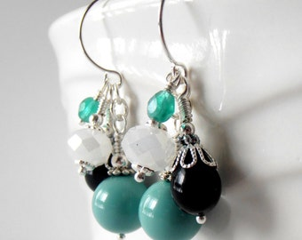 Bridesmaid Jewelry, Bead Cluster Earrings, Teal and Black Beaded Dangles, Jade Wedding Jewelry, Bridal Party Gifts, Bridesmaid Earrings