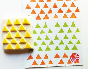 triangle pattern stamp. geometric hand carved rubber stamp. diy gift wraps. block printing on fabric. scrapbooking. birthday craft projects