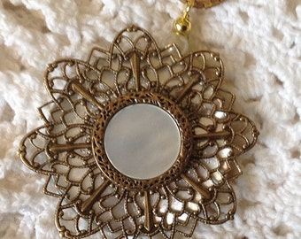 Button Pendant Vintage Mother of Pearl Button Vintage Mother of Pearl and Gold Metal Button Gold Filigree