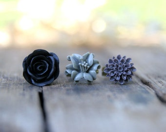 CLEARANCE Flower Ring Trio // Grey Lily Flower Ring // Black Rose Ring // Deep Purple Mum Ring // Bridesmaid Gifts // Bridesmaid Rings