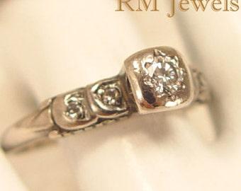 Antique Diamond 14Kt White Gold Ring