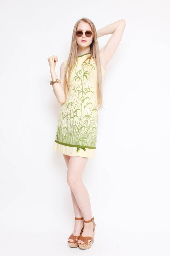 Vtg 60s Adorable Mod Yellow Green Flower Garden Bow Novelty Mini Dress M
