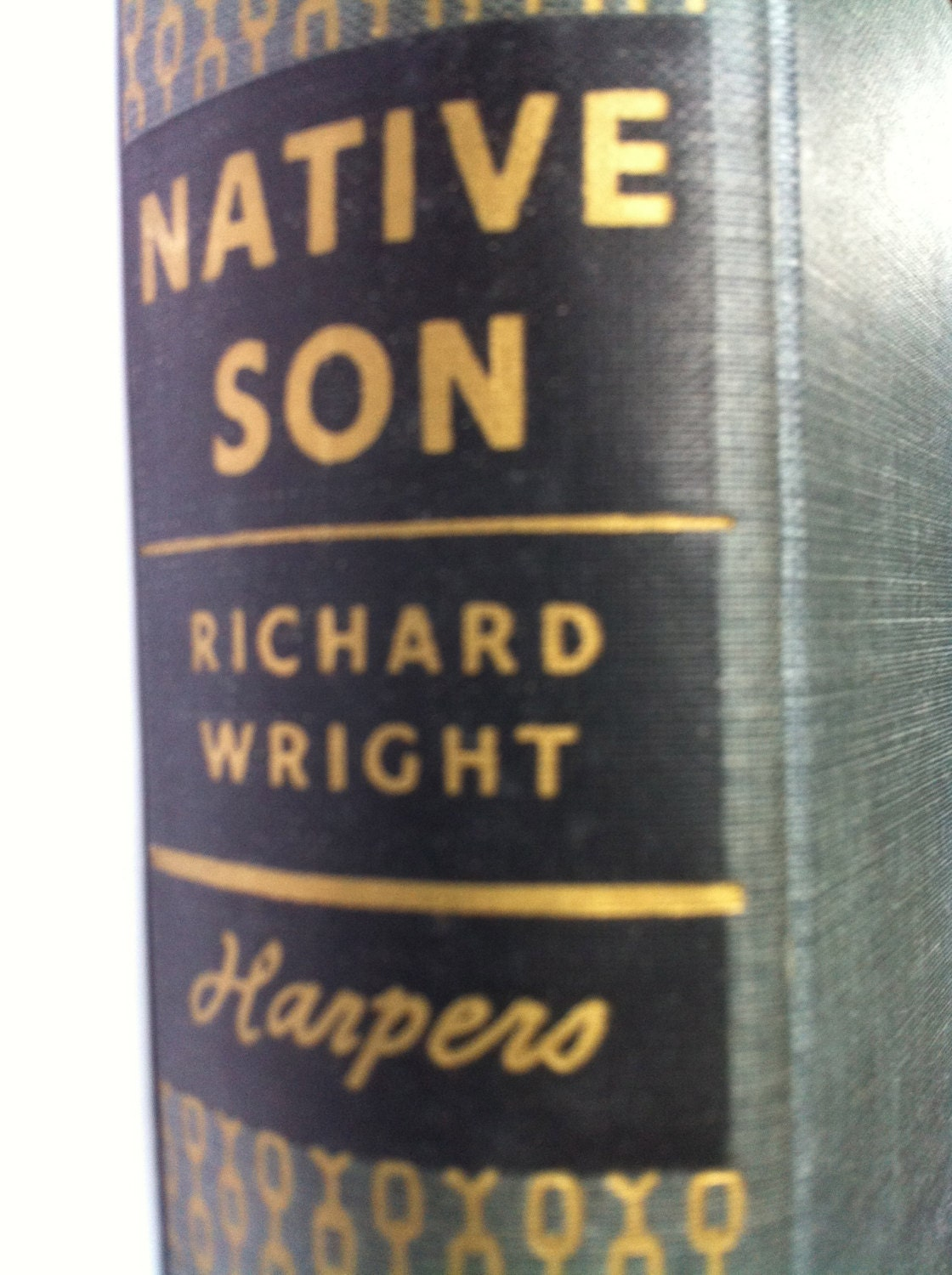 an interpretation of native son by richard wright In native son, wright employs naturalistic ideology and imagery, creating the character of bigger thomas, who seems to be composed of a mass of disruptive.