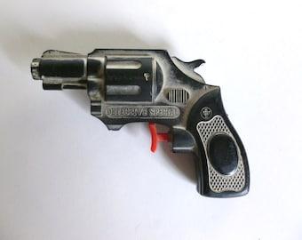 Mid Century c. 1954 KNICKERBOCKER Plastic Detective Special Revolver Toy Gun Water Pistol