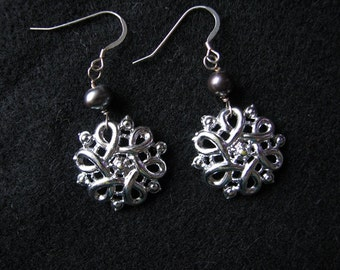 Freshwater pearl earrings | sterling silver | vintage | silver knot