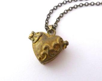 Vintage Heart Prayer Box Locket, Small Brass Clasp Locket on Long Chain Necklace, Vintage Jewelry
