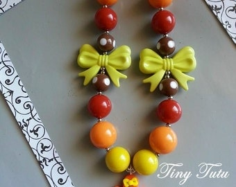 FALL LEAF Chunky Necklace- Chunky bubblegum necklace, Girls chunky necklace, Gumball necklace, Bottle Cap necklace