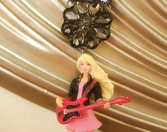 Barbie Rock n Roll doll statement necklace