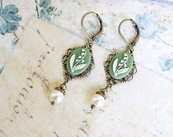 Lily of the Valley Earrings, Pearl Dangle Earrings, Bridal Jewellery Wedding Accessories Easter Jewelry Green Bridemaids Gift Vintage Style