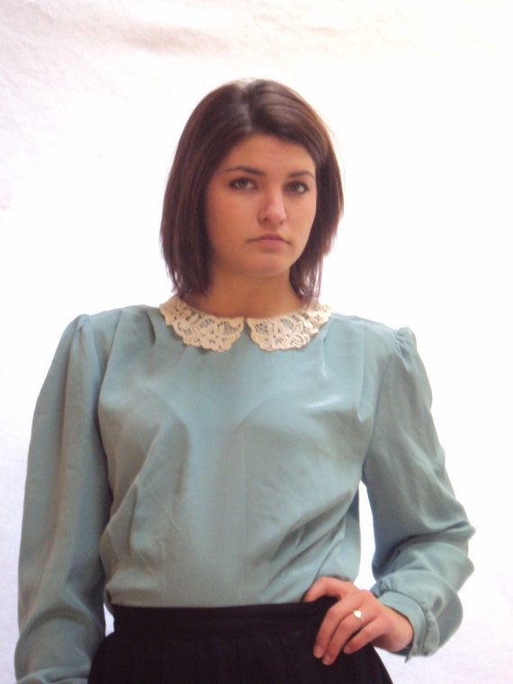 vtg 1970s puff sleeve blouse, lace collar blouse, sage green blouse, peplum waist Alexa style